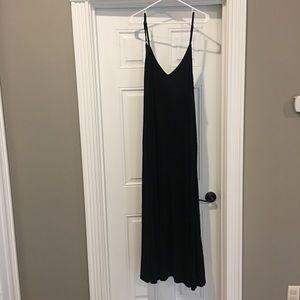 NWOT black v-neck maxi dress